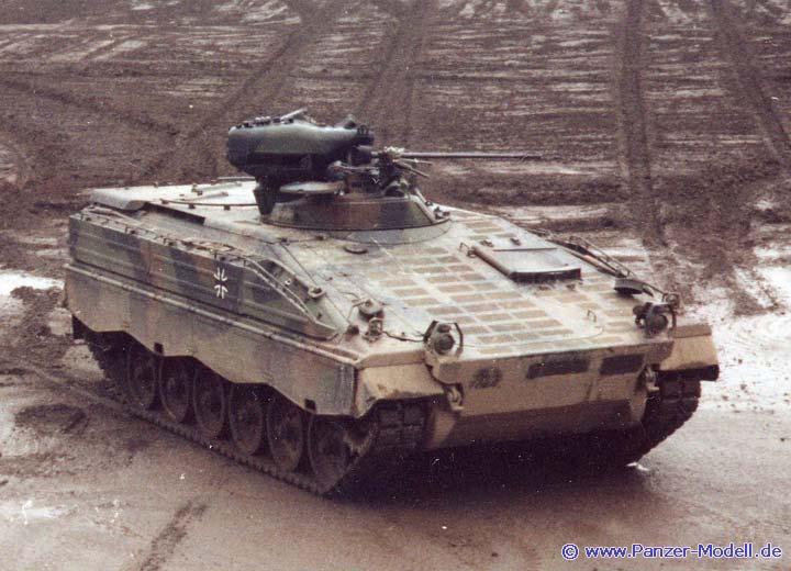 sch tzenpanzer marder 1a3. Black Bedroom Furniture Sets. Home Design Ideas