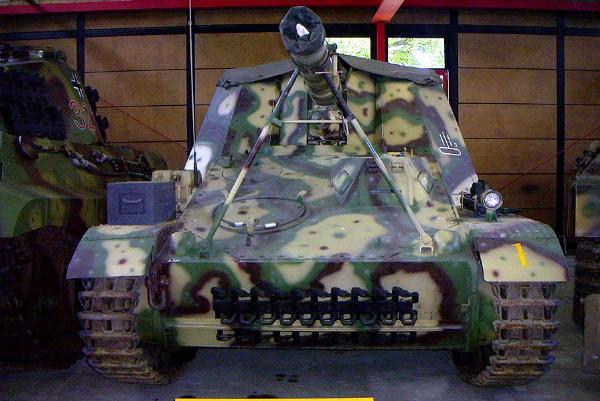 on Tour: Panzermuseum ...