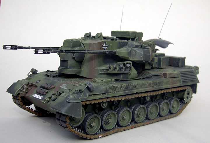 Neu Tamiya 35099-1//35 Bundeswehr Flakpanzer Gepard
