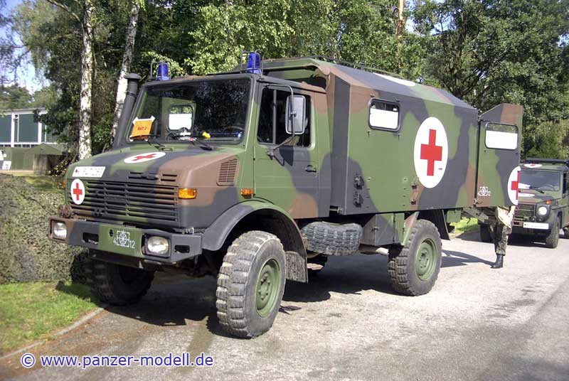2t unimog gl krankenkraftwagen